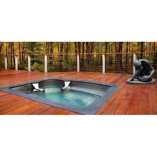 Outdoor Jacuzzi Pool