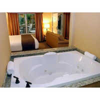 Bathtub With Jacuzzi Jet
