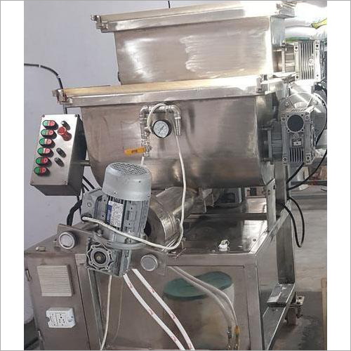 Macrony & Pasta Making Machine