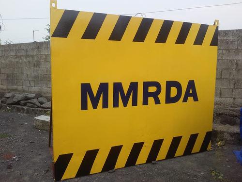 Metro Barricade