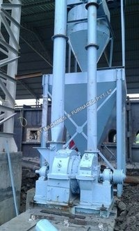 Pulveriser With Dust Collector