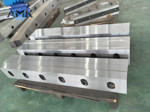 Metallurgical Blades