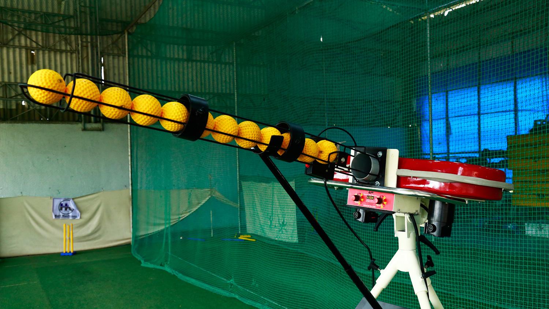 KD Tiger 4 Cricket Bowling Machine