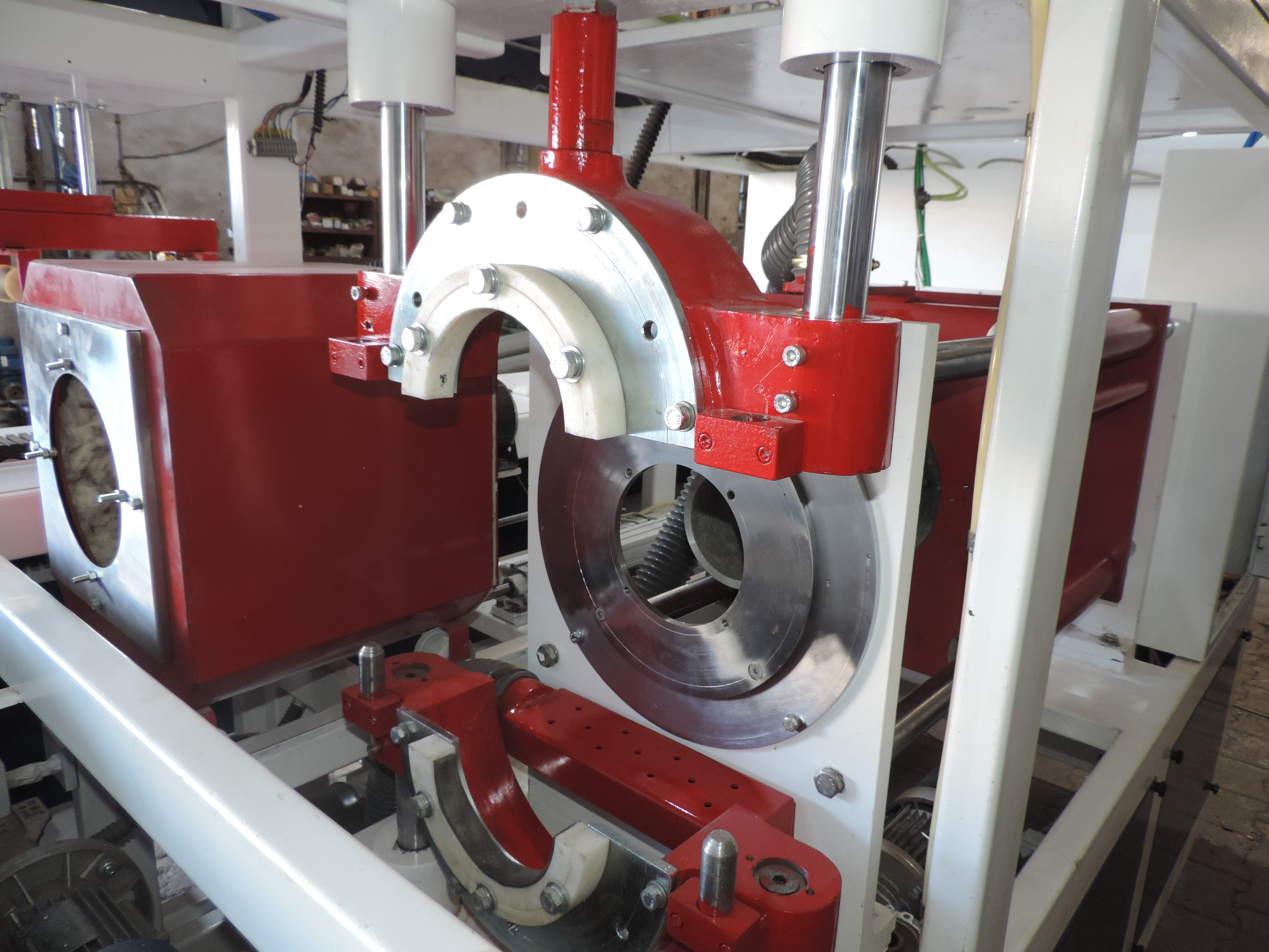 Fully Auto Socketing Machine