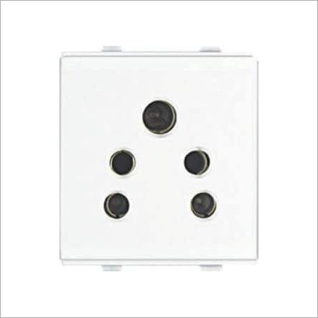 6 Amp. 2 in 1 Socket