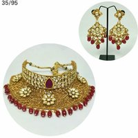 Artificial and Fashion Jewellery