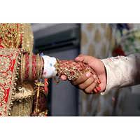 DSLR Wedding Photography Service