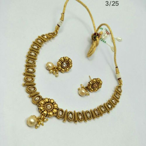 Party Ware Necklace