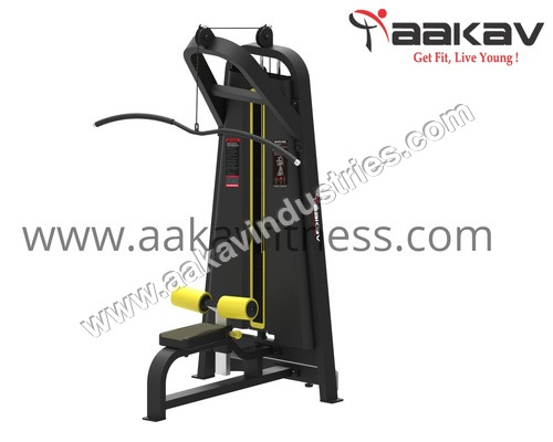 Lat Pull Down X1 Aakav Fitness