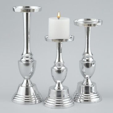 DECORATIVE CANDLE PILLAR HOLDER