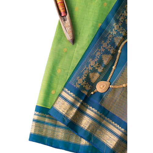 Ladies Gadwal Cotton Saree