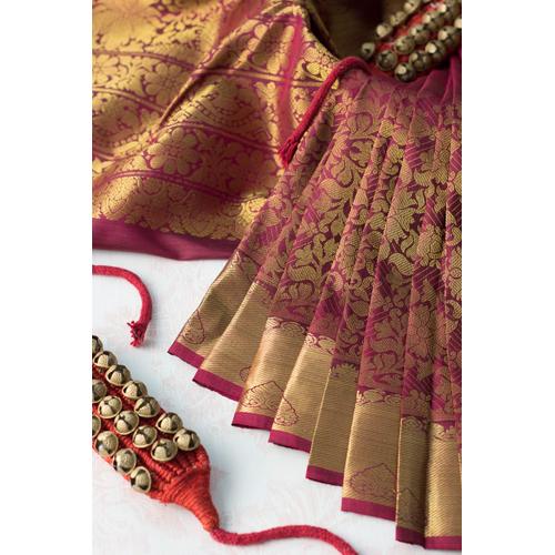 Ladies Traditional Silk Saree