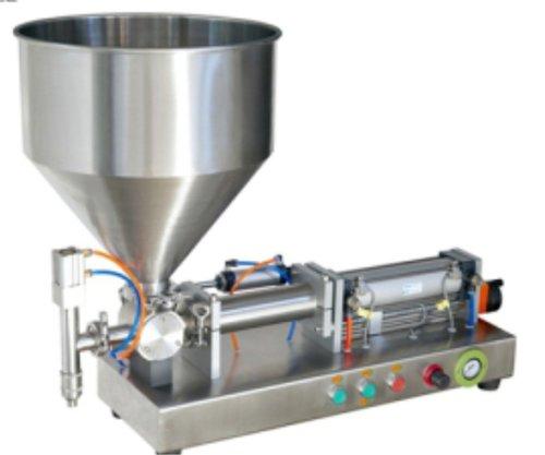 Souce filling machine