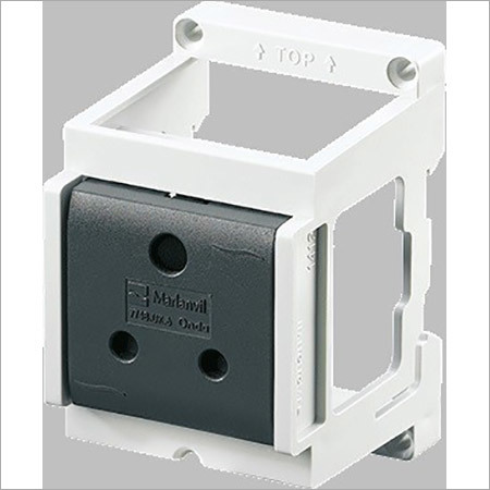 Connectwell Din Socket