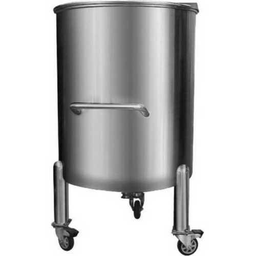 Openable storage tank