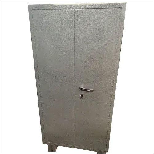 5.5 Feet 2 Door Steel Almirah