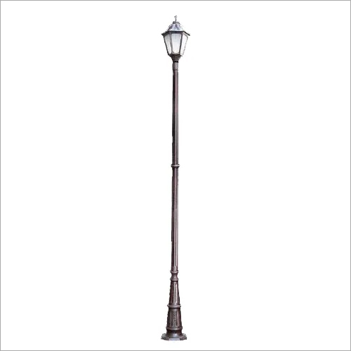 BP-14 Lamp Post
