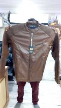 Branded Woolen / Winter Jackets, Sweat Shirts, Hudies With Bill For Resale In India
