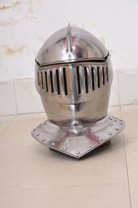EUROPEAN CLOSED HELMET MEDIEVAL KNIGHT ARMOUR
