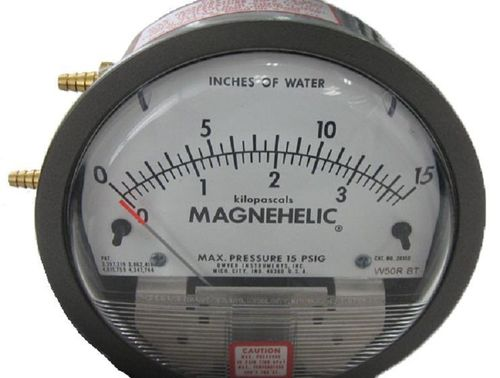 Dwyer 2015D Magnehelic Differential Pressure Gauge
