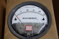 Dwyer 2025D Magnehelic Differential Pressure Gauge