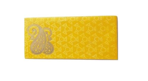 暴发户Shagun正派Kerry信封在黄色颜色。
