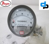 Dwyer 2020D Magnehelic Differential Pressure Gauge