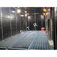 Honeycomb Floor Blast Room