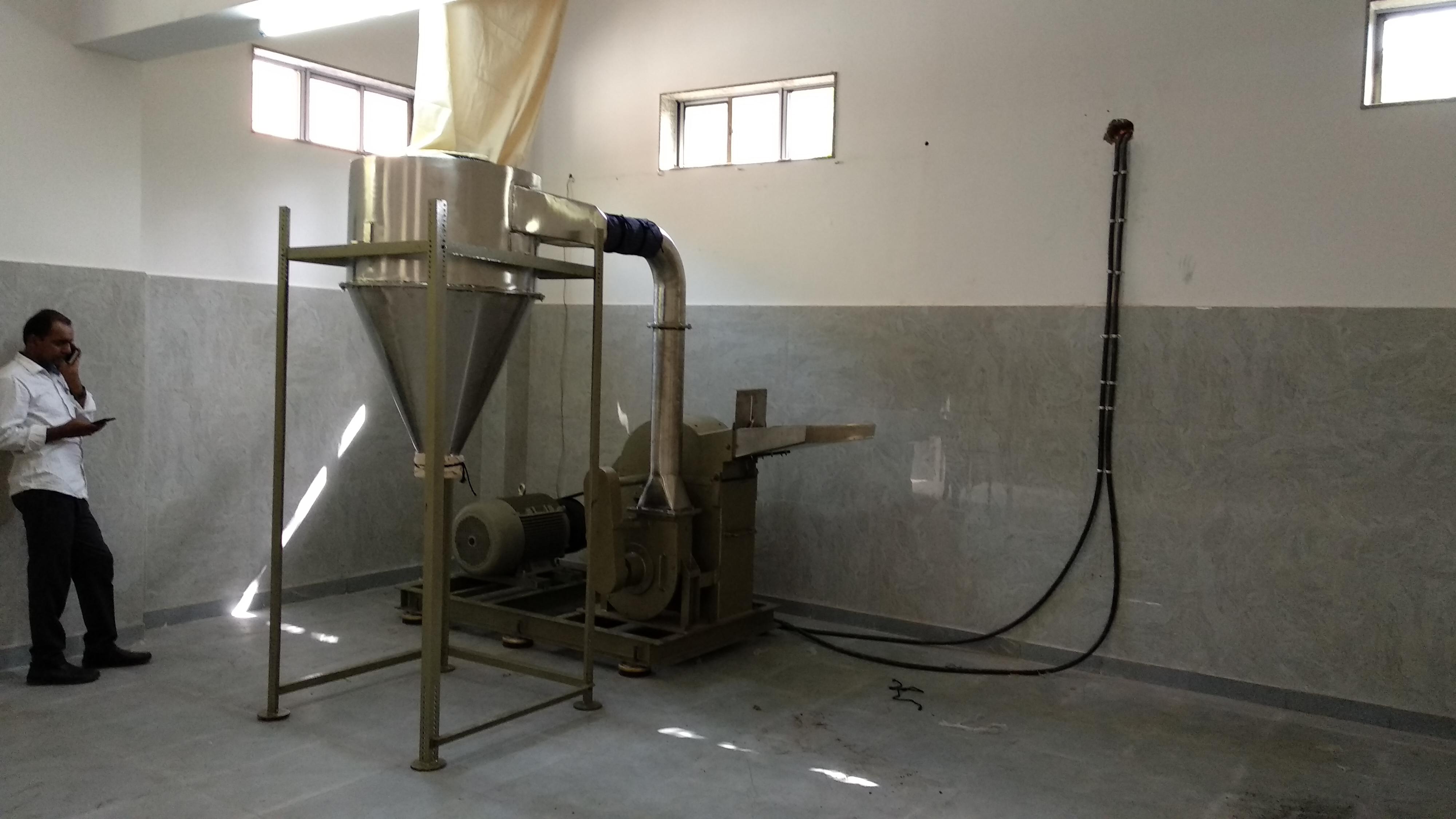 Grinding Pulverizer Machine