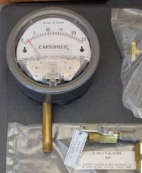 Dwyer 4025 Capsuhelic Differential Pressure Gauge