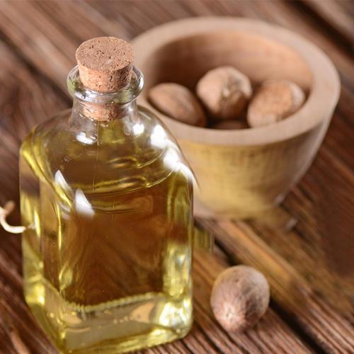 Nutmeg Essential Oil India