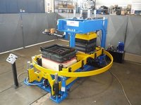Moulding Machine Type FE