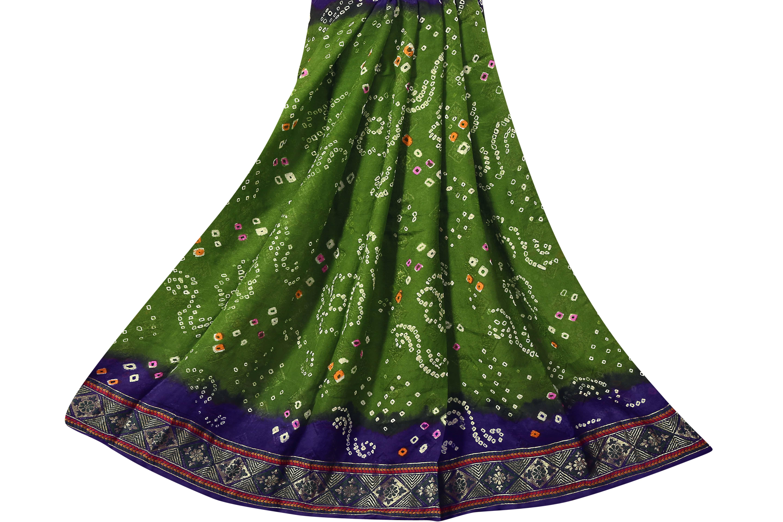 Flower Design Bandhani Saree