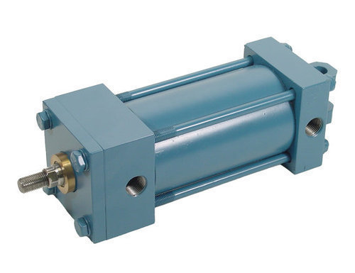 Clevis mounted cylinder