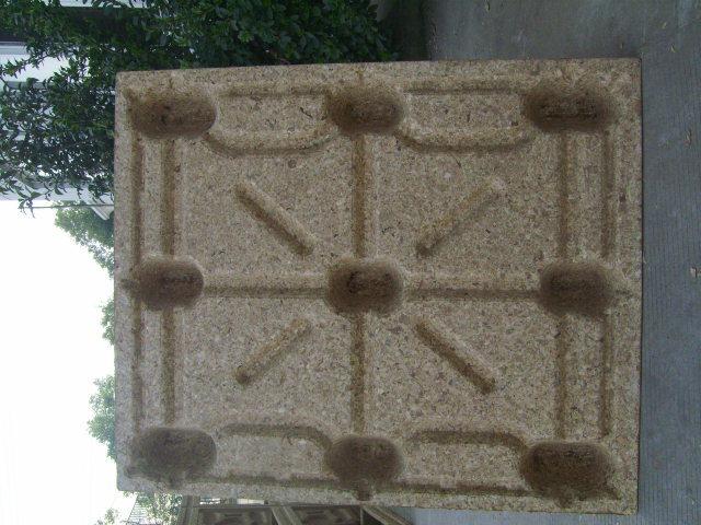 Moulded Wood Sawdust Pallet Machine