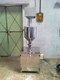 Distemper Filling Machine