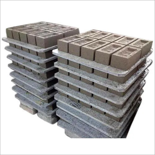 Plastic Fly Ash Bricks Pallet