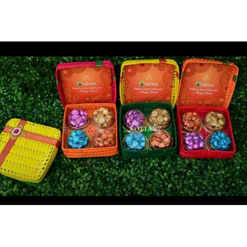 Handicraft Gift Box