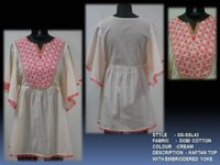 Kaftan Top With Embriodered Yoke