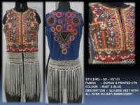 Slvless Vest With All Over Gujrati Embriodery
