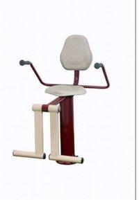 K椅子腿引伸腿卷毛室外体操