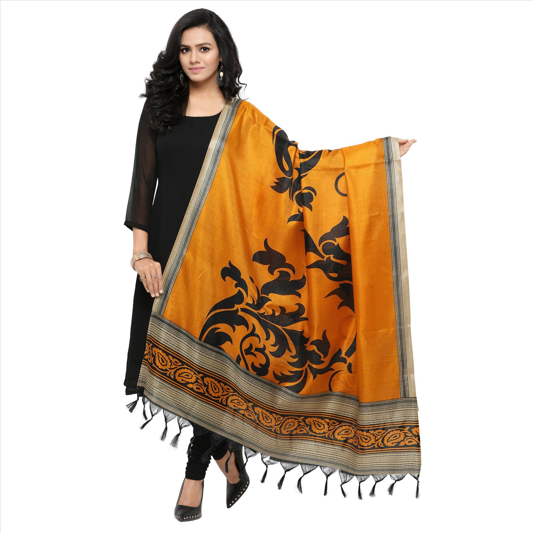 Printed Dupatta with Jhalar/ Tessals