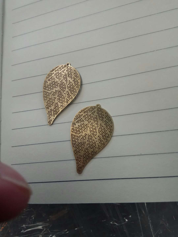 Small Scale Brass Gold Fiber Laser Cutting Machine