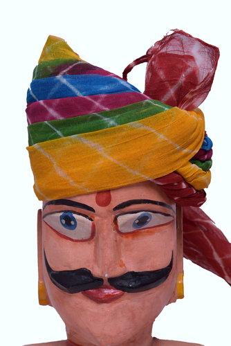 Larihya Pachrangi  Safa