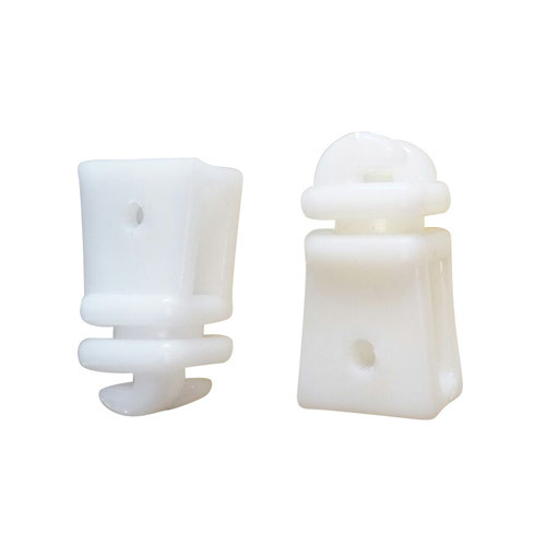 Plastic Fencing Square Hook Insulator