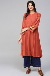 Embroidered Sleeve Crinkled Rust Kurta