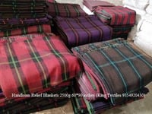 235x140 cm Handloom Blankets