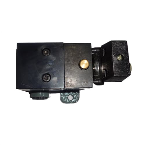 Magnet Valve With Pipe Bracket (3 Way) Normally Closed.type  NW- 10 Electric