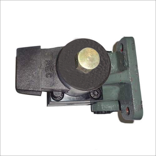 Magnet Valve With Pipe Bracket (3 Way) Normally Closed Type NW- 10 Electric