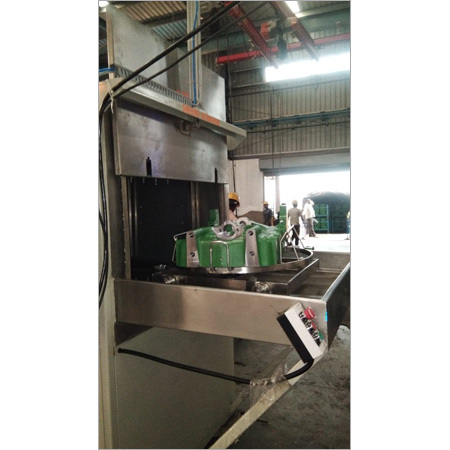 Cabinet Type Cleaning Machine